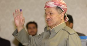 epaselect epa06225411 Masoud Barzani, the president of Kurdistan Region, waves after voting for the independence Referendum in Kurdistan at a polling station in Pirmam City near Erbil Capital of the Kurdistan Region in Iraq, 25 September 2017.  EPA/GAILAN HAJI