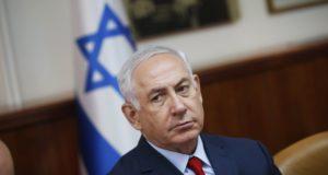 Jeruzsálem, 2017. október 22. Benjámin Netanjahu izraeli miniszterelnök a heti kabinetülésen Jeruzsálemben 2017. október 22-én.(MTI/EPA pool/Ronen Zvulun)