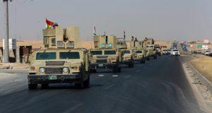 Alton Kupri, 2017. október 20. Kurd fegyveresek járműoszlopa halad az észak-iraki Erbíl város közelében fekvő Alton Kupri felé az iraki hadsereggel vívott függetlenségi harcok idején, 2017. október 20-án. (MTI/AP/Halid Mohamed)