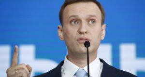 Moszkva, 2017. december 24. Alekszej Navalnij orosz ellenzéki vezető és korrupcióellenes aktivista beszél támogatóihoz elnökjelölti rendezvényén Moszkvában 2017. december 24-én. Oroszországban 2018 márciusában tartanak elnökválasztást. (MTI/AP/Pavel Golovkin)