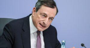 Mario Draghi, az Európai Központi Bank  elnöke a kamatdöntést követő sajtótájékoztatón, 2018. január 25-én. EPA/ARMANDO BABANI