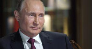 Kalinyingrád, 2018. március 10. 2018. március 2-án készített és március 10-én közreadott kép, amelyen Vlagyimir Putyin orosz elnök interjút ad az NBC amerikai televíziónak Kalinyingrádban. Az interjú március 9-én került adásba az NBC News címû mûsorban. (MTI/AP/Szputnyik pool/Elnöki sajtószolgálat/Alekszej Druzsinyin)